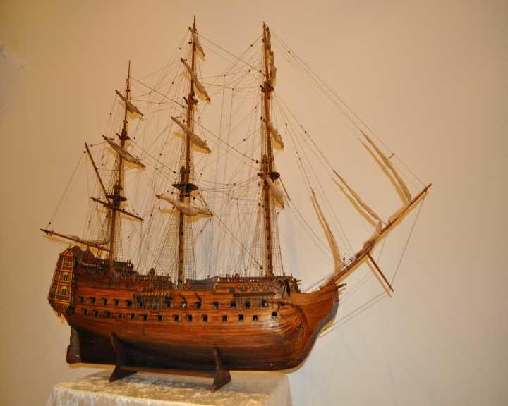 http://www.ulmo.net/bateaux/trois-mats/photos/trois-mats-apres-02.jpg