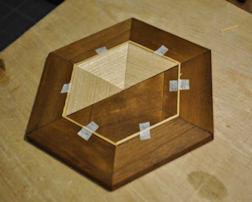 http://www.ulmo.net/miniatures/didier-wetzel/vignettes/2011-11-09 - stage ebenisterie - didier wetzel 10.jpg