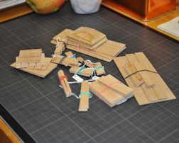 http://www.ulmo.net/miniatures/didier-wetzel/vignettes/malle-bar/2012-01-04 - stage ebenisterie - didier wetzel 02.jpg