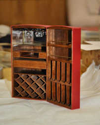 http://www.ulmo.net/miniatures/didier-wetzel/vignettes/malle-bar/2012-02-15 - stage ebenisterie - didier wetzel 10.jpg