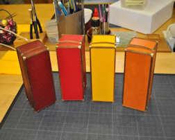 http://www.ulmo.net/miniatures/didier-wetzel/vignettes/malle-bar/2012-03-07 - stage ebenisterie - didier wetzel 09.jpg