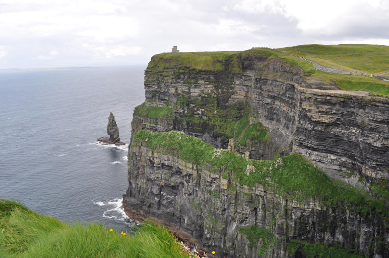 http://www.ulmo.net/sorties/2012-vacances/photos/irlande/2012-08-04%20-%20irlande%20-%20falaise%20de%20moher%2007.jpg